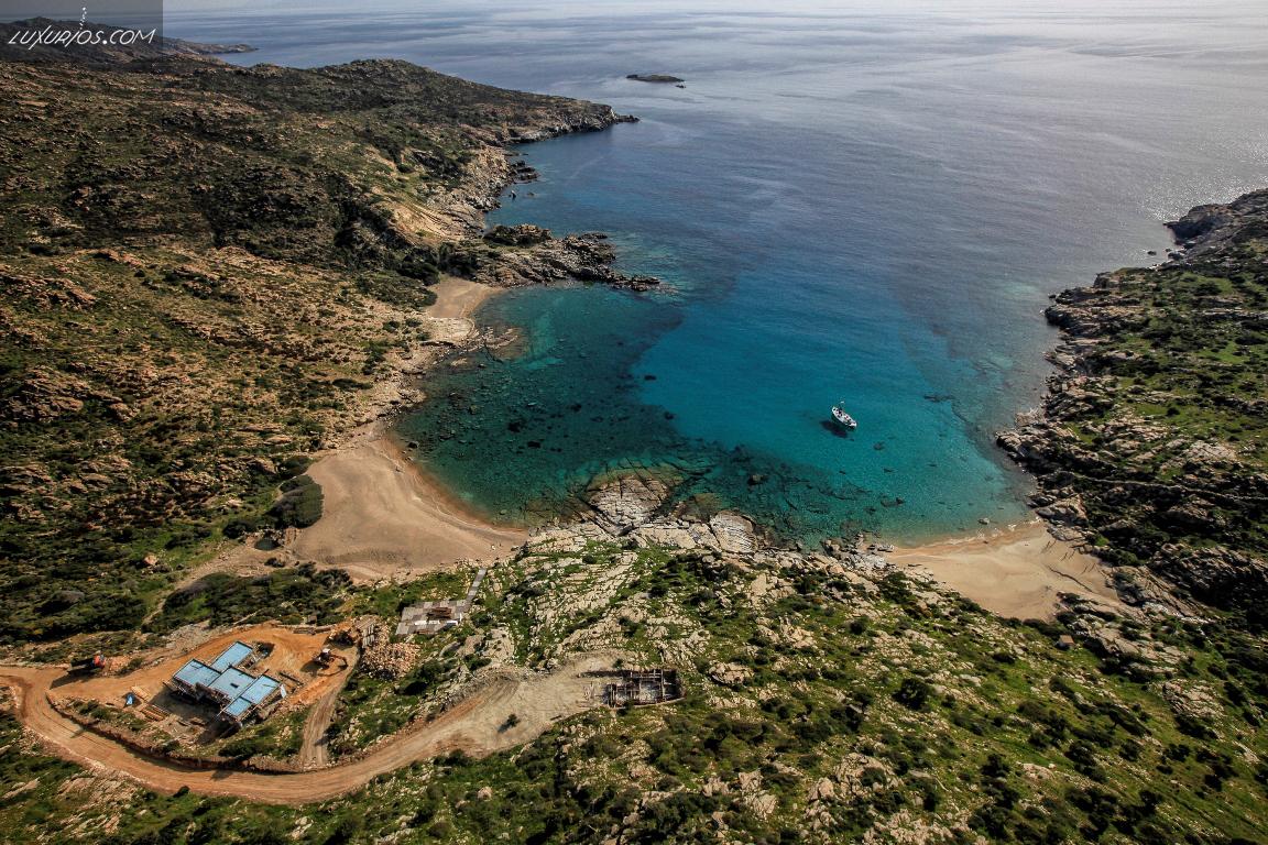 Pikri Nero Beach Ios Island